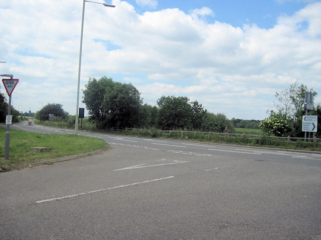 B4380 looking west from junction