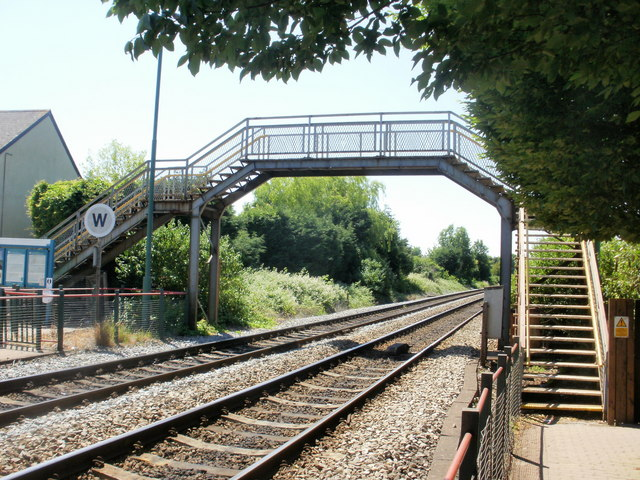 Eastbrook railway station footbridge