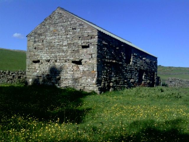 Barn near Holmheads Bridge
