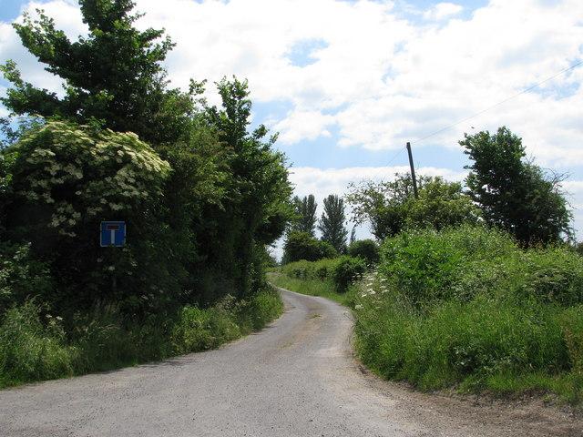 No through road near Slape Cross