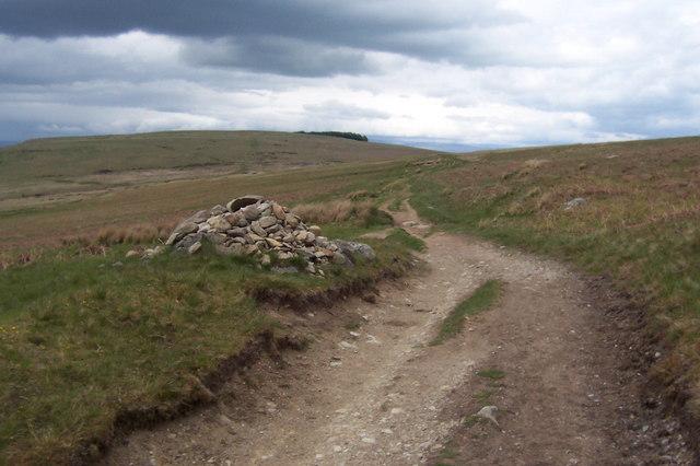 Cairn on Bridleway near Aik Beck