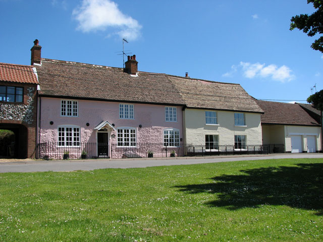 Cottages in Station Road, Great Massingham