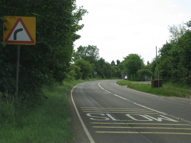 Bend in the A361 at West Lyng