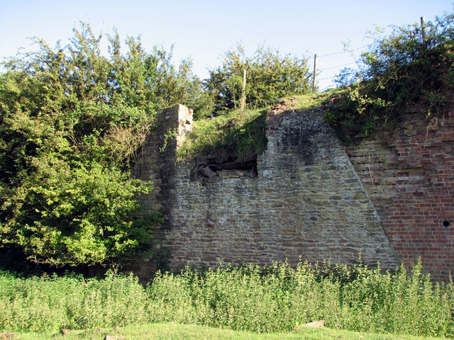 Wakerley: former ironstone quarry