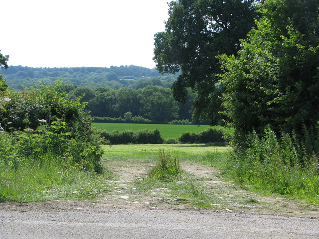 Entrance to field near Staple Fitzpaine