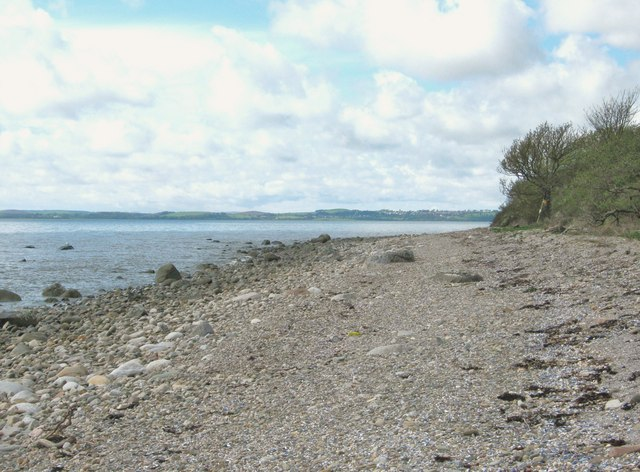 Beach below Carsluith Wood at high tide