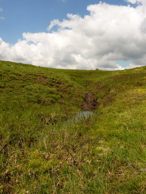 The first detectable signs of a stream