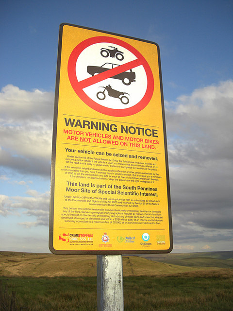 Warning notice on the Pennine Bridleway