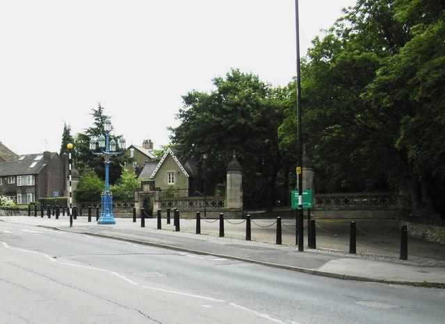 Norfolk Park, Granville Road Entrance