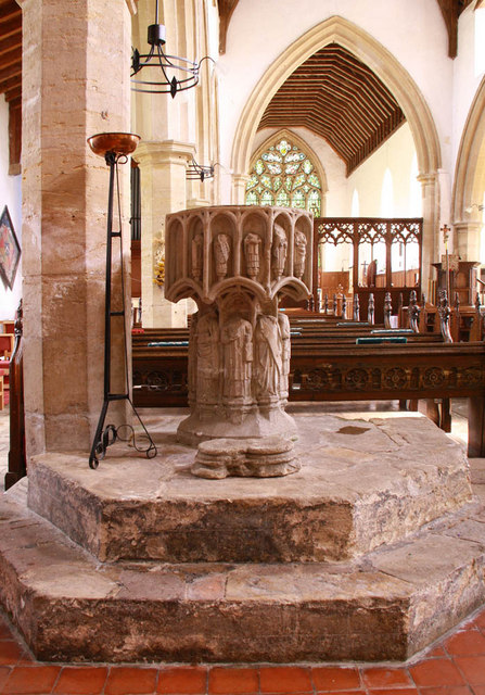 St Peter & St Paul, Watlington, Norfolk - Font