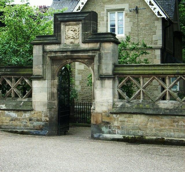 Norfolk Park Lodge entrance, Granville Road
