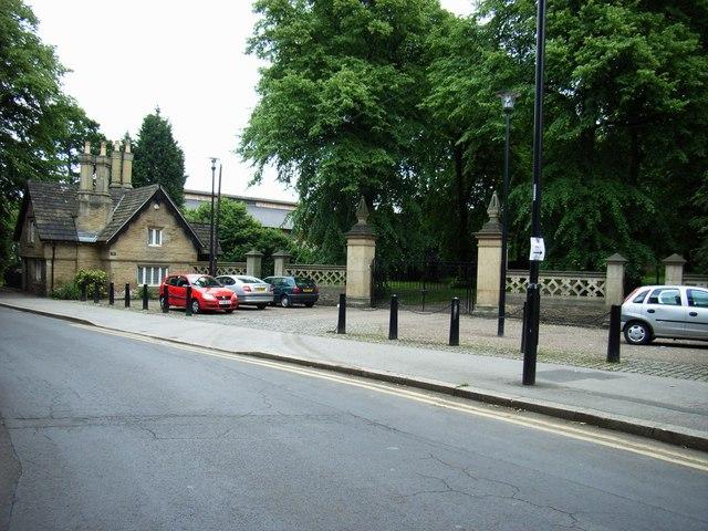 Norfolk Park, Norfolk Park Road entrance