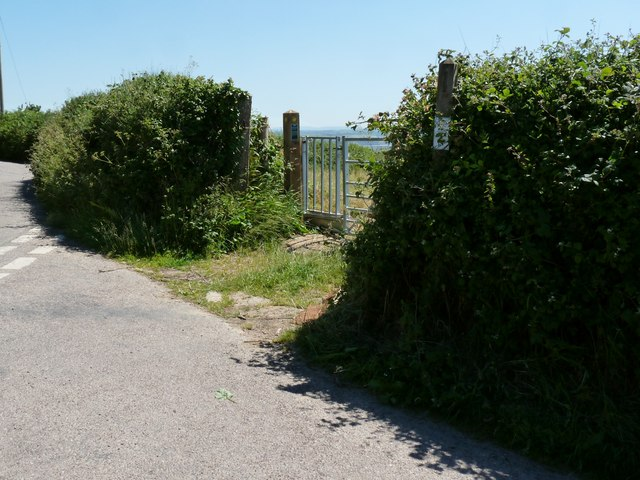 The footpath which leads from Lobbthorn Stile to Lobb