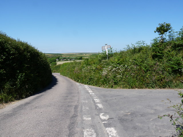 The junction of a road to Darracott with Orchardon Lane