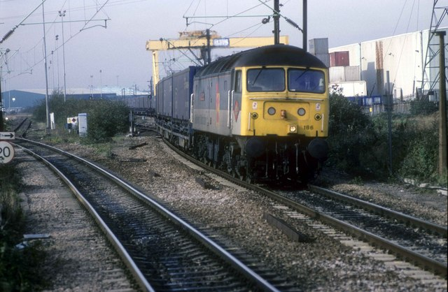 Ford parts train from Spain arrives at dagenham Dock station
