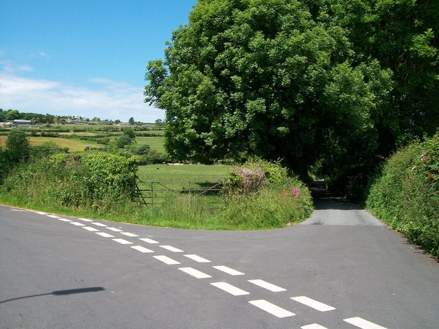Minor Road junction west of the village of Abererch