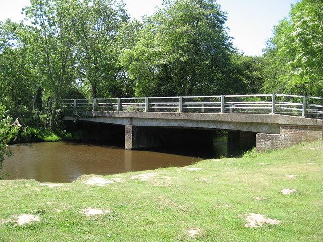 Bridge just north of Brockenhurst