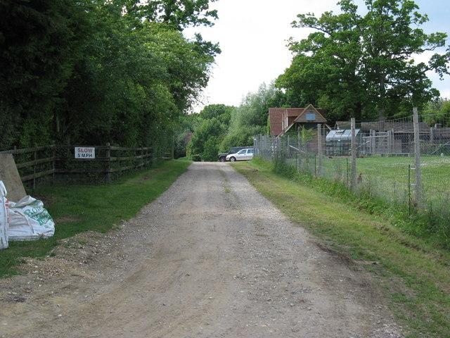 Bridleway nearing High Street Green