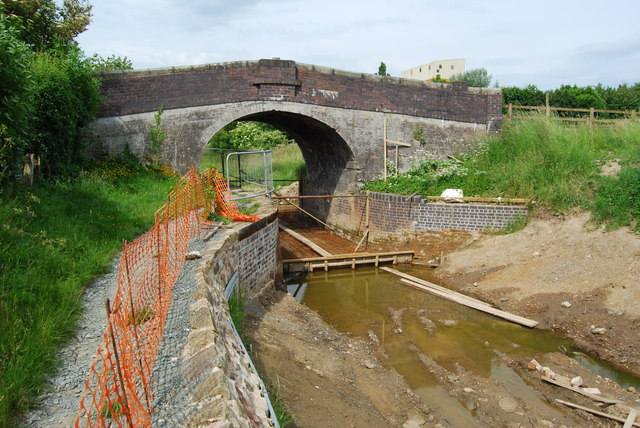 Canal restoration at Canal House Bridge