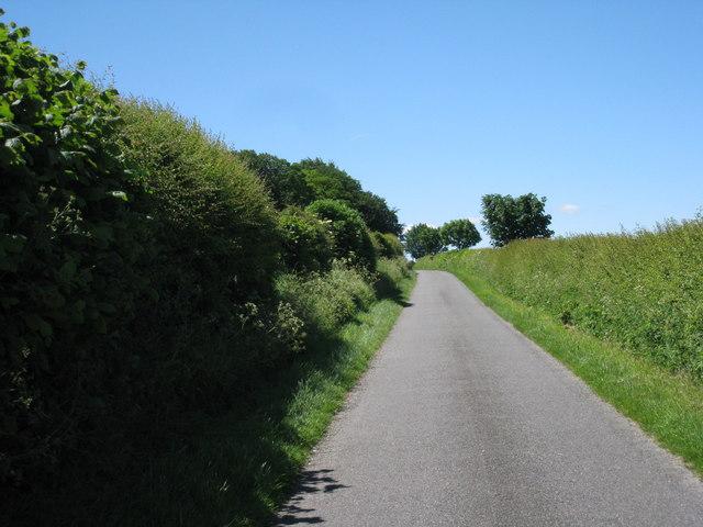 Road towards Ranby church