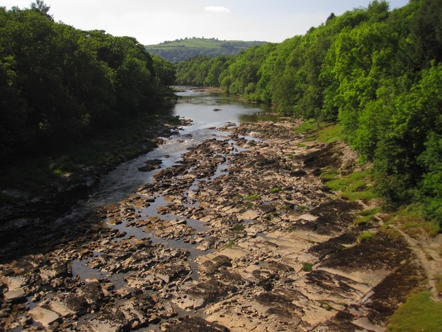 River Wye with the bedrock exposed after prolonged dry weather