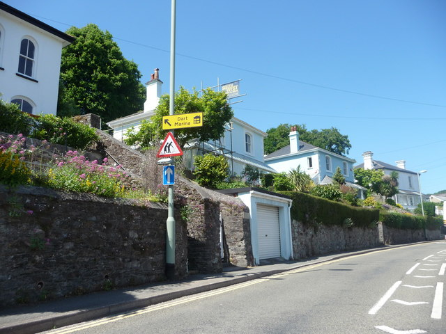 Dartmouth : Coombe Road