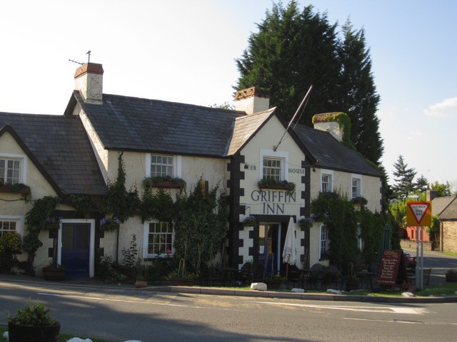 Llyswen: the Griffin Inn