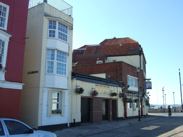 Spice Island Inn, Old Portsmouth