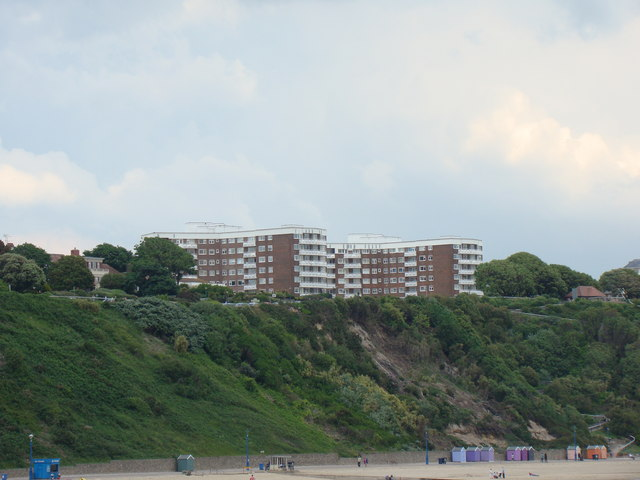 Flats on East Overcliff Drive, viewed from the pier #2