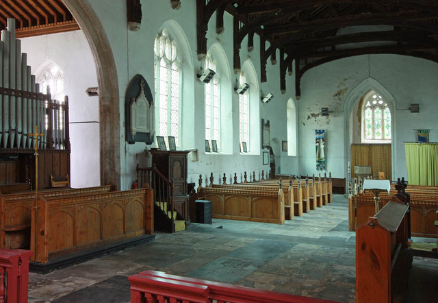 St Peter, West Lynn, Norfolk - Interior