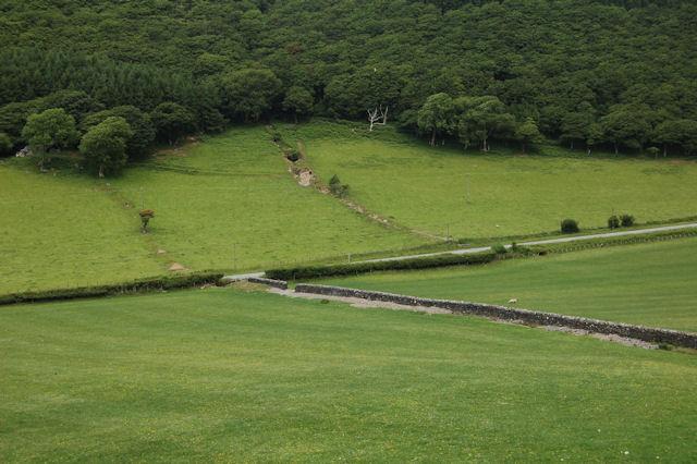 Farm track leaving B4405 close to stream