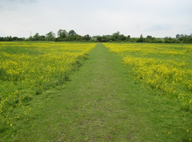 Arlesey: Footpath to Henlow Camp