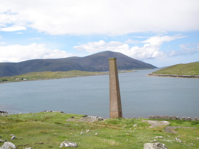 Old whaling station chimney, Bunavoneadar