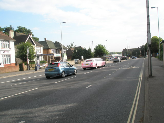 Pink limo approaching the end of London Road