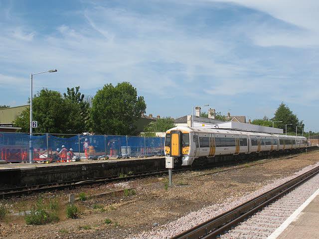 Canterbury West station: down platform