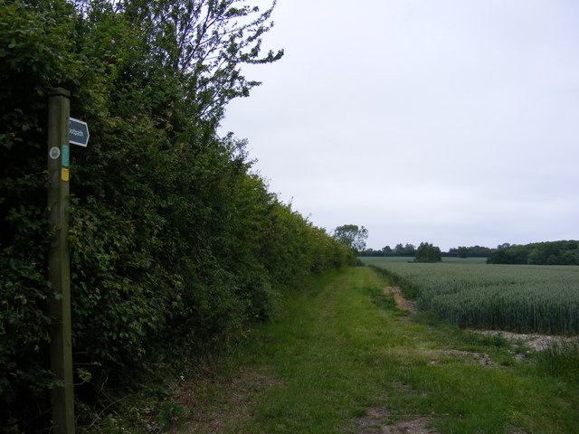 Footpath to Kingstall Wood,  the A144 Bramfield Road & Walpole Road