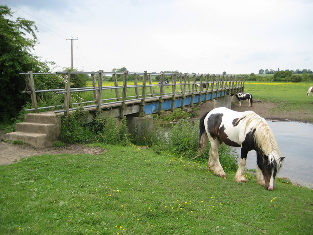 Arlesey: Footbridge over the River Hiz