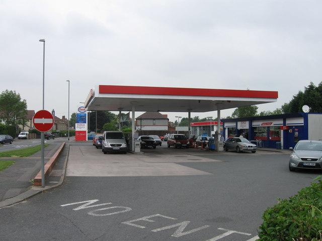 Esso filling station off A449