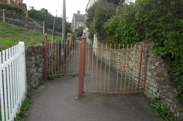 Goviers Lane pedestrian level-crossing swing-gate