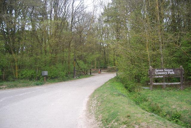 Car park entrance, Seven Sisters Country Park