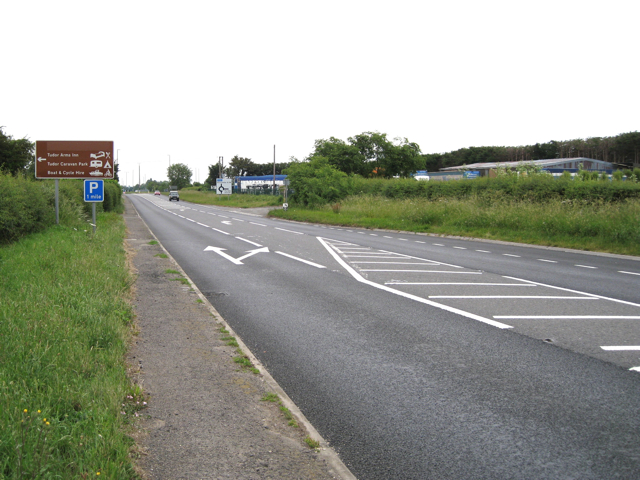 A38 nears Slimbridge and Dursley turn A4135