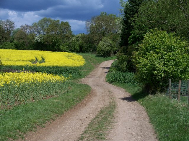 The way to Ditchford Frary [4]