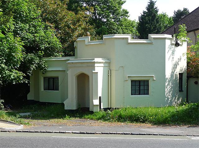 Lodge, Selsdon (1)