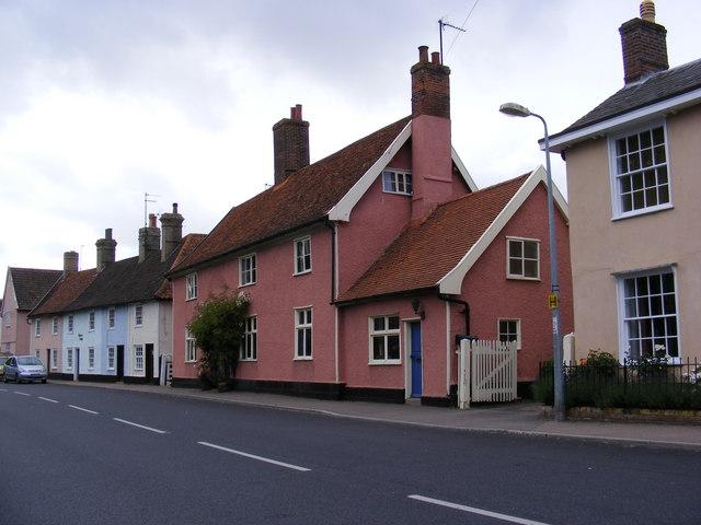 The Former Swan Public House & Malt House Cottages