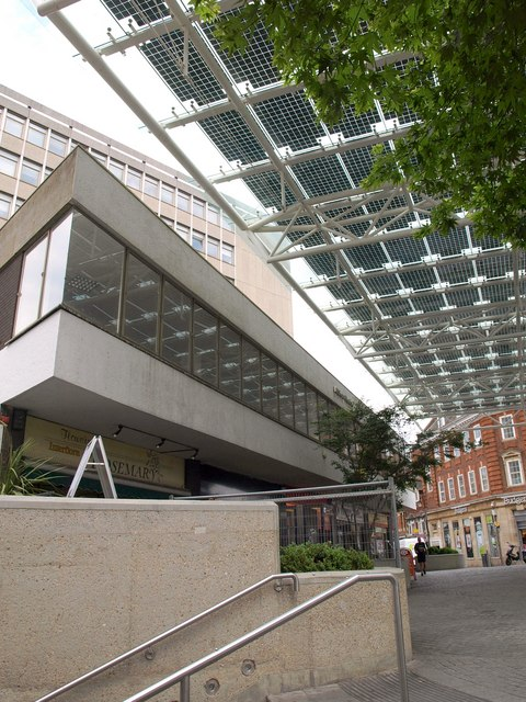 Albion Square, Woking