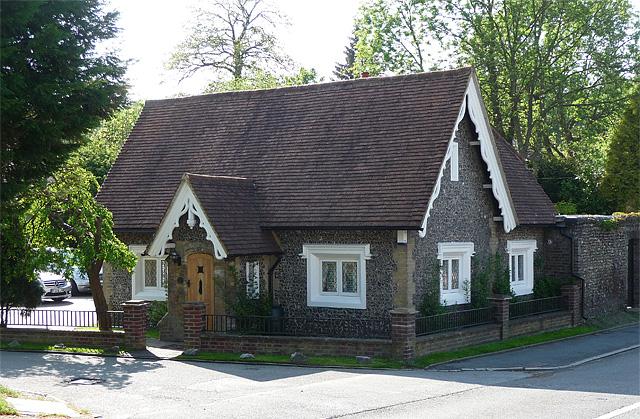 Lodge, Selsdon (3)