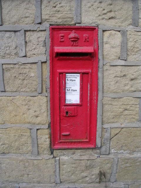 Edward VII Post Box - Thirstin Road