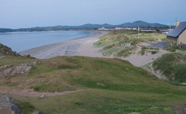 The south beach at Pwllheli from Carreg yr Imbill