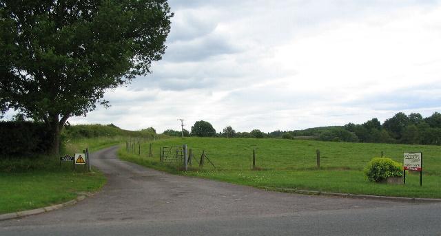 Track to Millburn Grange