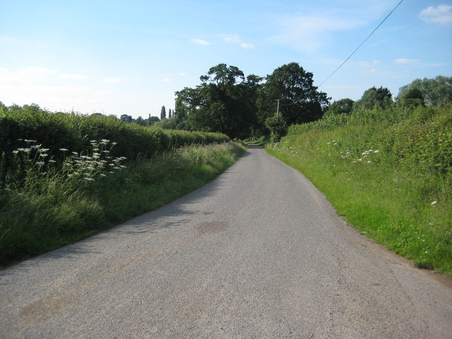Road to the A449 near Newland
